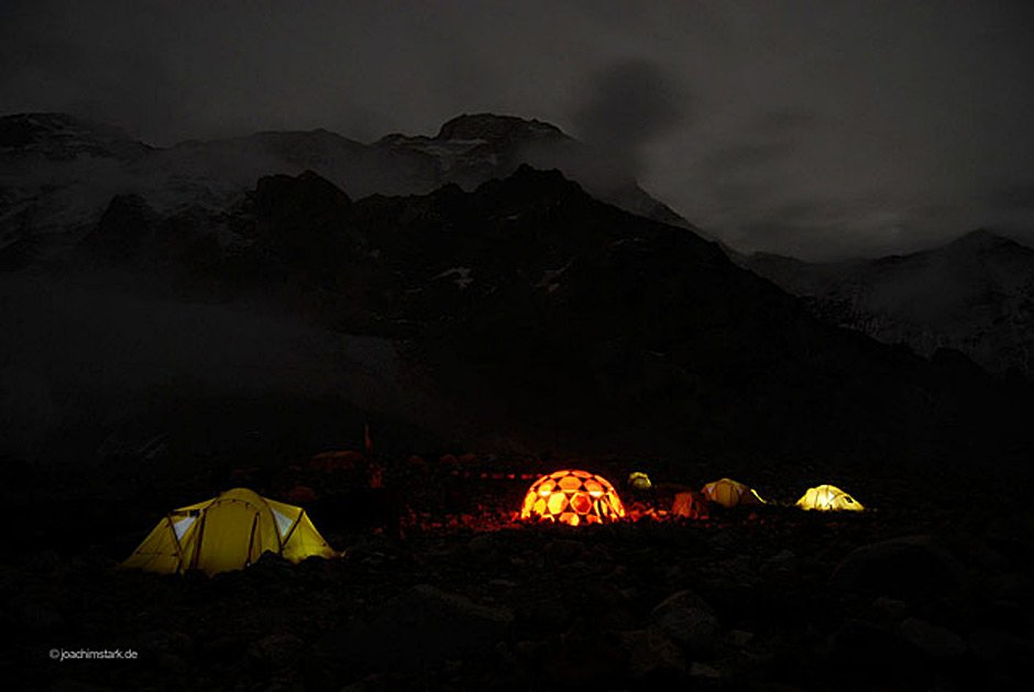 GORE-TEX®  Experience Tour: 8000er-Expeditions-Camp in den Alpen mit Ralf Dujmovits