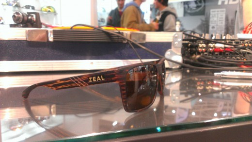 "ISPO 2013: Zeal Optics - Lifestyle Brille ""Brewer"", ausgezeichnet mit dem ISPO Award in Gold"