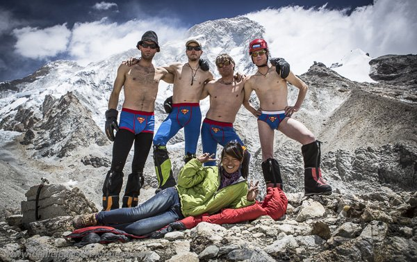 The North Face Team mit Gipfelerfolg am Makalu - Copyright: Daniel Bartsch