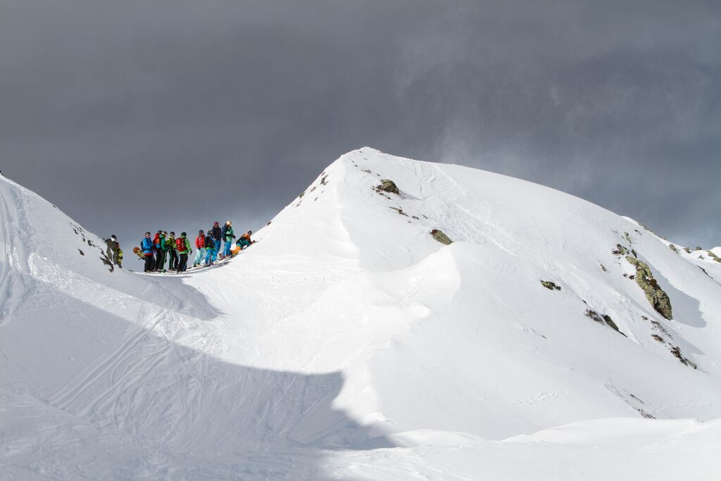 Event – Freeridecamps.at powered by Raiffeisen Club: Freeride-Profis geben kostenfreies Coaching für junge Powder-Fans