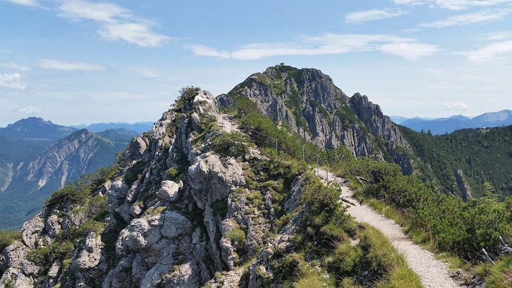 Ziele – Heimgarten (1.790 m) & Herzogstand (1.731m): Sehenswerte Gratwanderung auf den beliebtesten Hausbergen der Münchner
