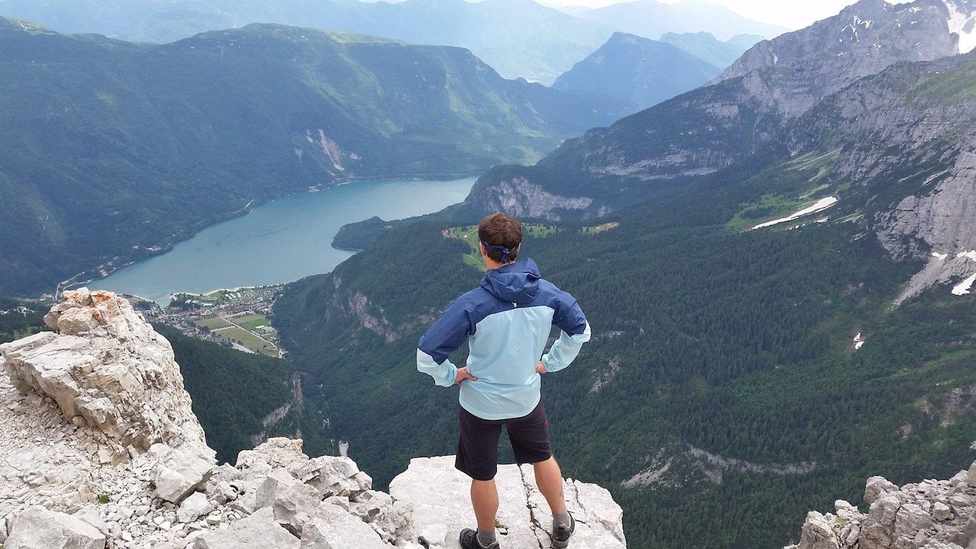 Erfahrungsbericht – Unterwegs mit Höhenangstcoach Frank-Uwe Reinhardt: Berggenuss statt Wanderfrust – so lässt sich Höhenangst überwinden