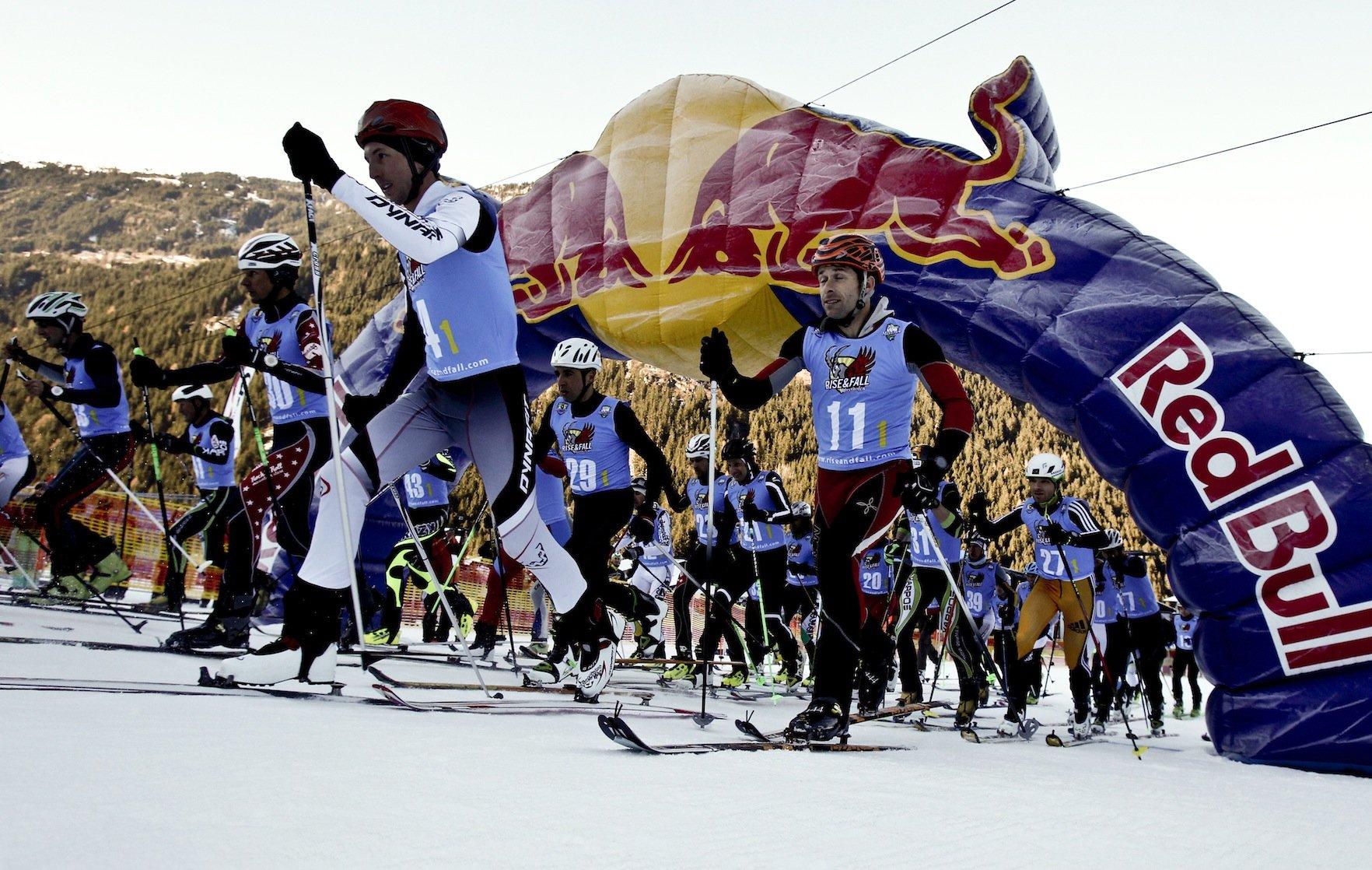 Event – Mayrhofen-Hippach: RISE&FALL – beim härtesten Staffelrennen des Winters zählt nur Vollgas