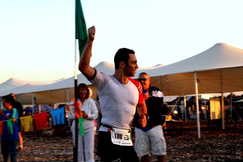 Interview – Roman Spivak: Warum ein israelischer Extremläufer bevorzugt an SOURCE Trinksystemen nuckelt!