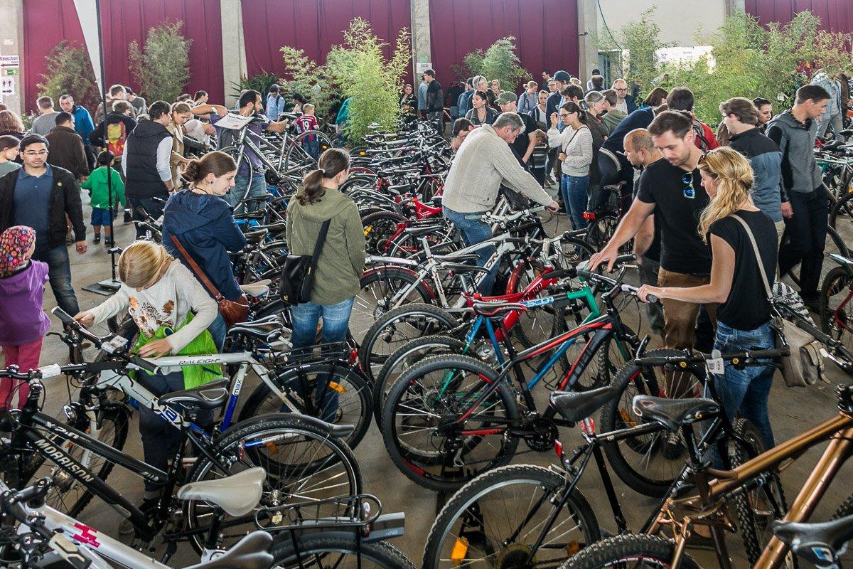 Events - Die Rasenmäher / Radlhauptstadt München: Münchner Flohmärkte für Mountainbikes und Räder aller Art am 16.-17. April 2016 (© Radlhauptstadt München)