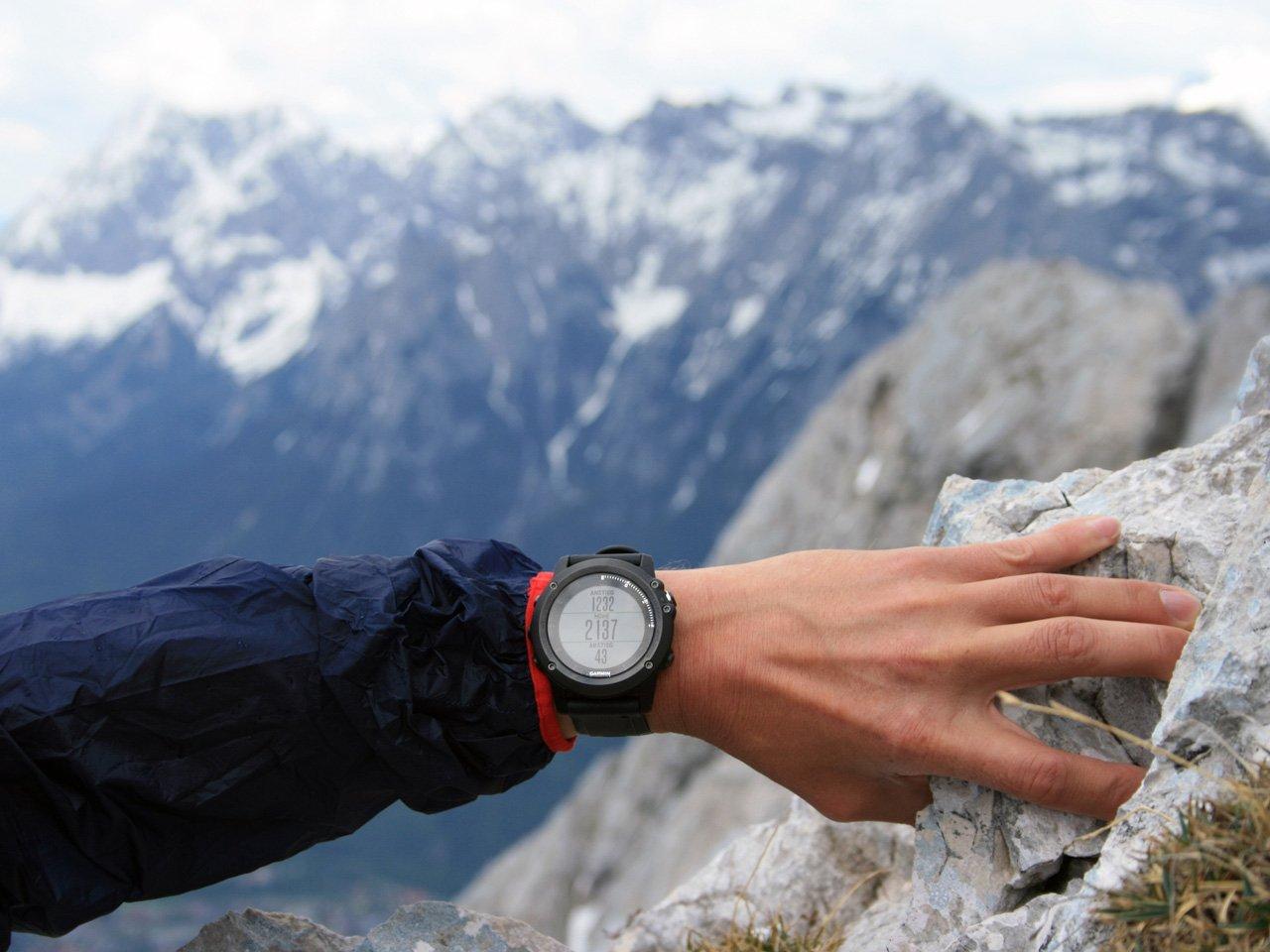 Testbericht – Garmin Fenix 3 Saphir HR Performance Bundle: Die reine GPS-Uhr war gestern – Multisportuhr & Smartwatch as the state of the art