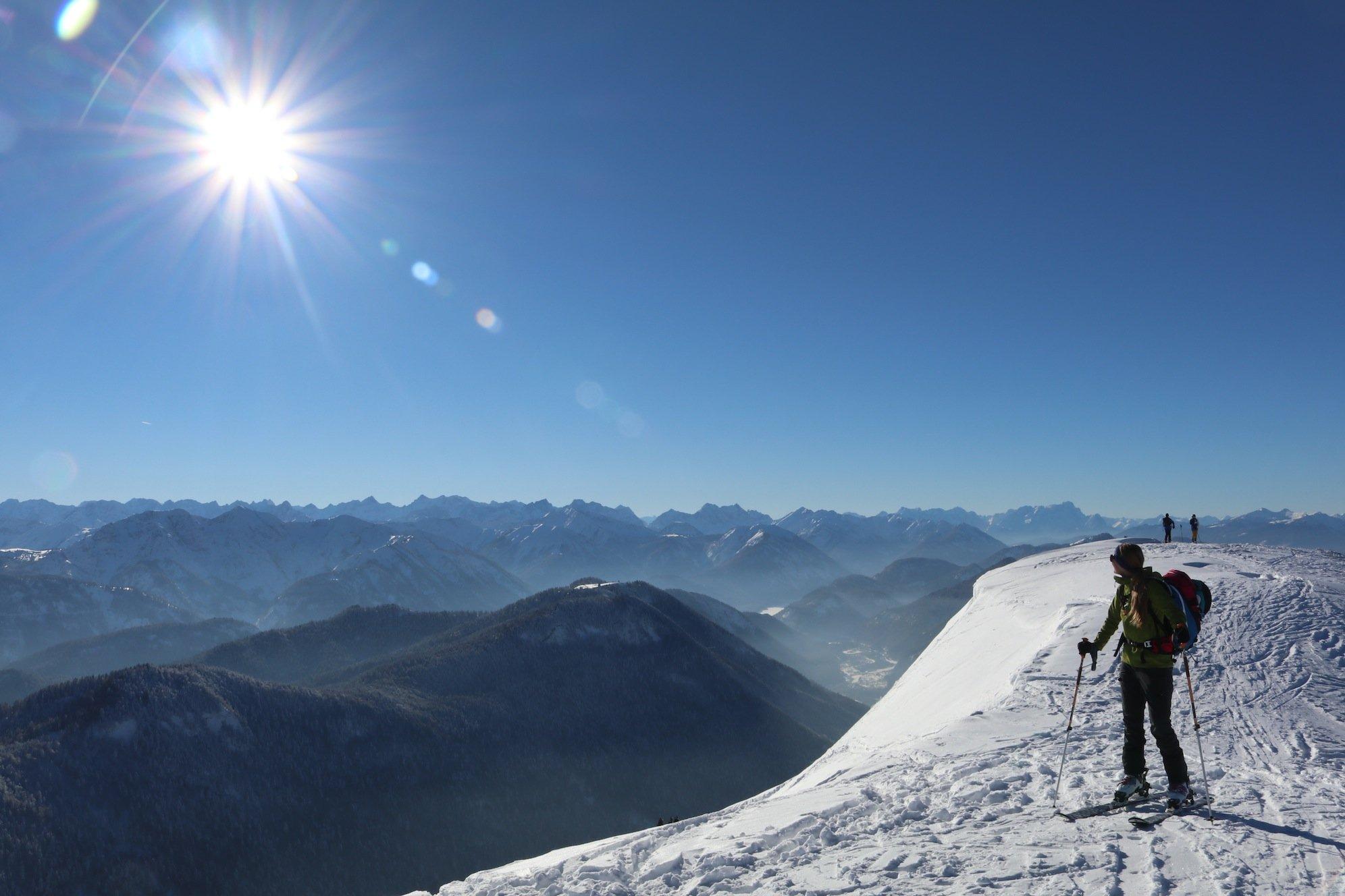 Ziele – Schönberg (1.621m) bei Lenggries: Mittelschwere Skitour und/oder Schneeschuhtour abseits vom Skigebiet Brauneck