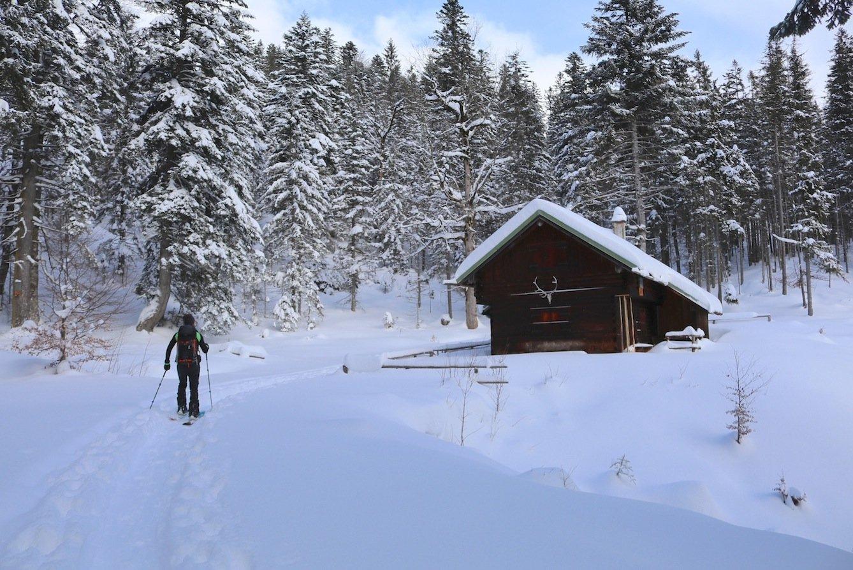 Ziele – Simetsberg (1.840m) im Wallgau: Mittelschwere Skitour und/oder Schneeschuhtour mit Blick ins Karwendel