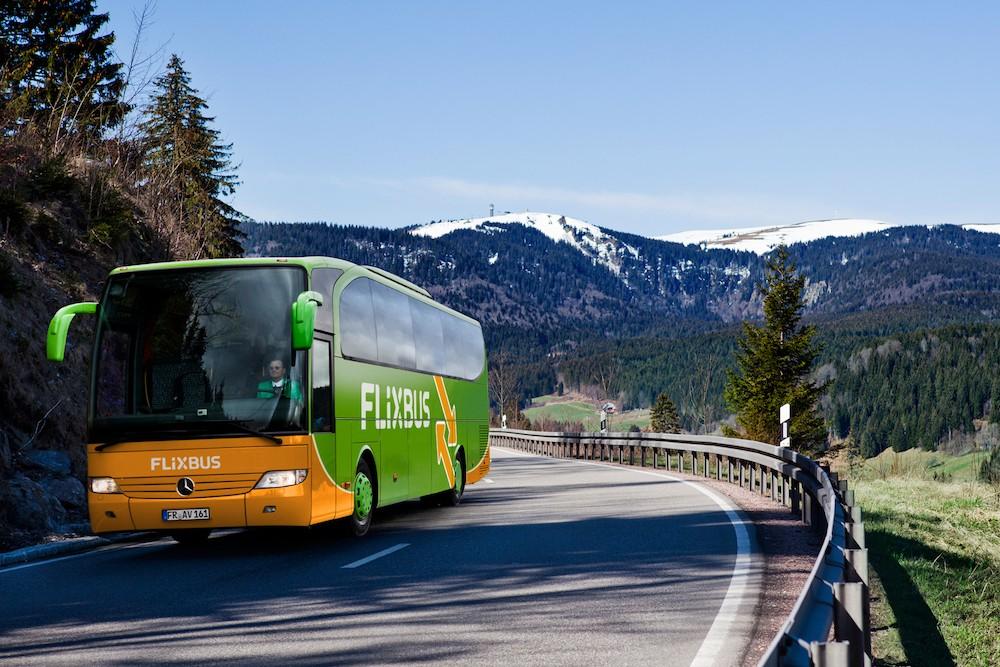 Wintersport – FlixBus: Mit dem Fernbus zu den schönsten Skigebieten in Tirol – direkt ab München