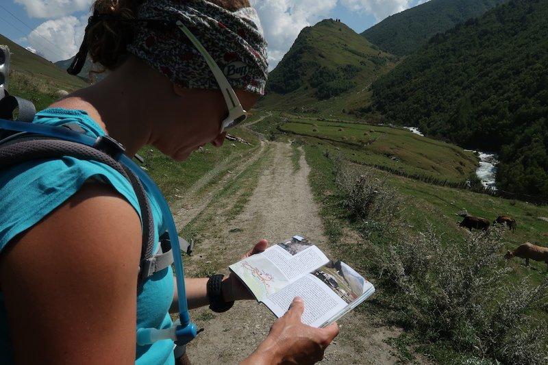 Rezension – Bergverlag Rother / Nina Kramm: Georgien – 45 Touren im Kleinen und Großen Kaukasus