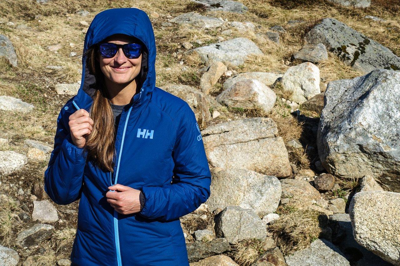 Testbericht – Helly Hansen Odin Stretch Hooded Insulation Jacket:  Leichte und funktionale Isolationsjacke mit viel Bewegungsfreiheit