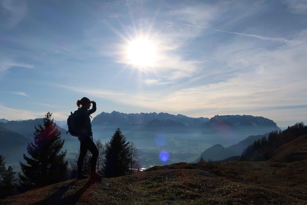 """Ziele – Taubensee (1.140 m): Leichte Bergtour zum """"Auge der Chiemgauer Alpen"""" mit Kaiserblick"""