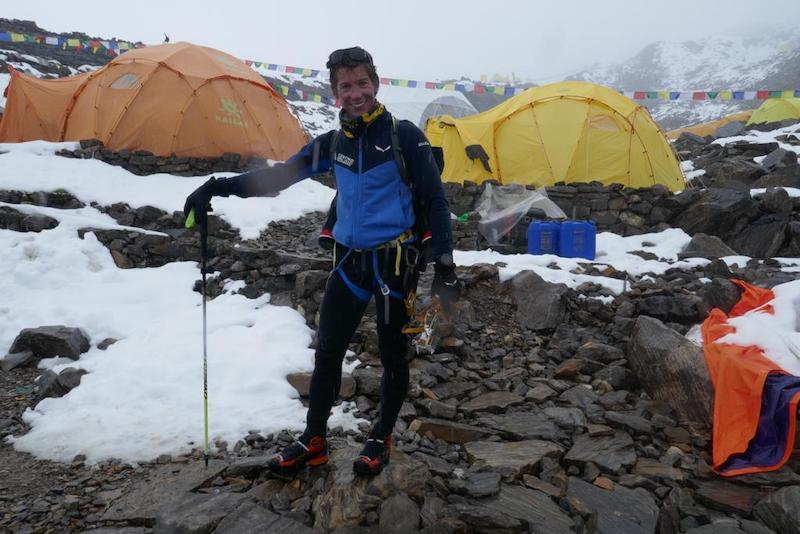 News – Salewa / Francois Cazzanelli: Italienischem Bergsteiger gelingt Weltrekordzeit am Manaslu (8.163m)