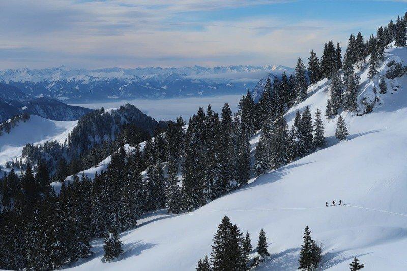 Ziele – Geigelstein (1.808 m): Leichte bis mittelschwere Skitour von Sachrang über die Priener Hütte
