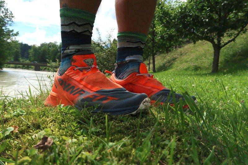Testbericht – Dynafit Ultra 100: Optimal gedämpfte und komfortable Trailrakete für ultralange Distanzen