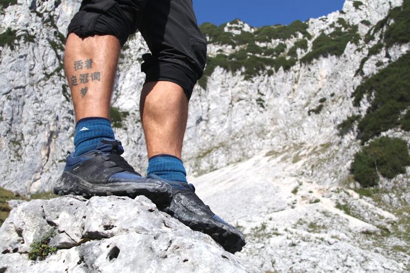 Testbericht – Salomon WILDCROSS: Leichter Allrounder-Trailschuh mit genialem Grip für knackige Bergtouren